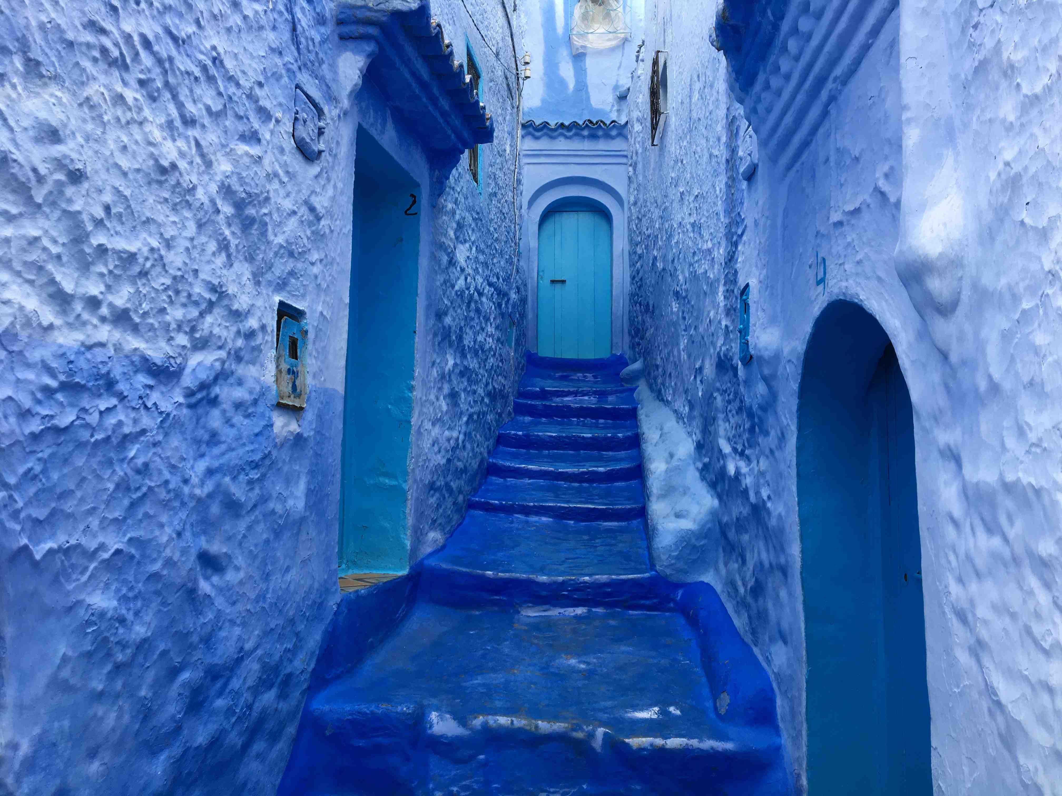 Le r ve bleu de chefchaouen au maroc bohemian voyageur for Reve bleu piscine