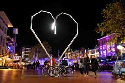 Nederland, Eindhoven, 19-11-2016. Glow festival Eindhoven (Light in Art & Architecture) met Kei-Like EHVN van Tessa Koot