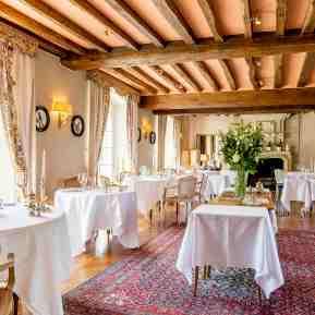 Salle de restaurant gastronomique©Charlotte Lapeyronie.Hd