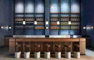 UP interior bar ©Francis Amiand